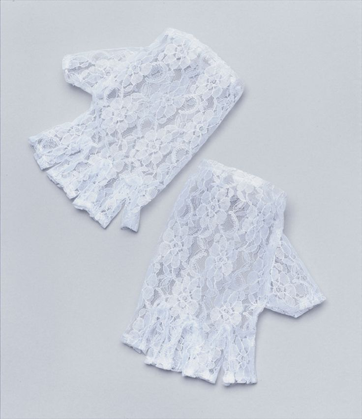 """=> Great accessory for evening wear or fancy dress. 1 Pair Short Lace Half Finger less Gloves. => One size stretch lace half fingerless gloves. => Colour:White. Length: Approx. 16cm/ 6.3"""". We Will Appreciate Your Efforts And Cooperation. 