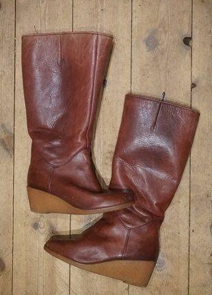 Kaufe meinen Artikel bei #Kleiderkreisel http://www.kleiderkreisel.de/damenschuhe/stiefel/140441824-schone-70er-vintage-winter-stiefel-mit-keilabsatz