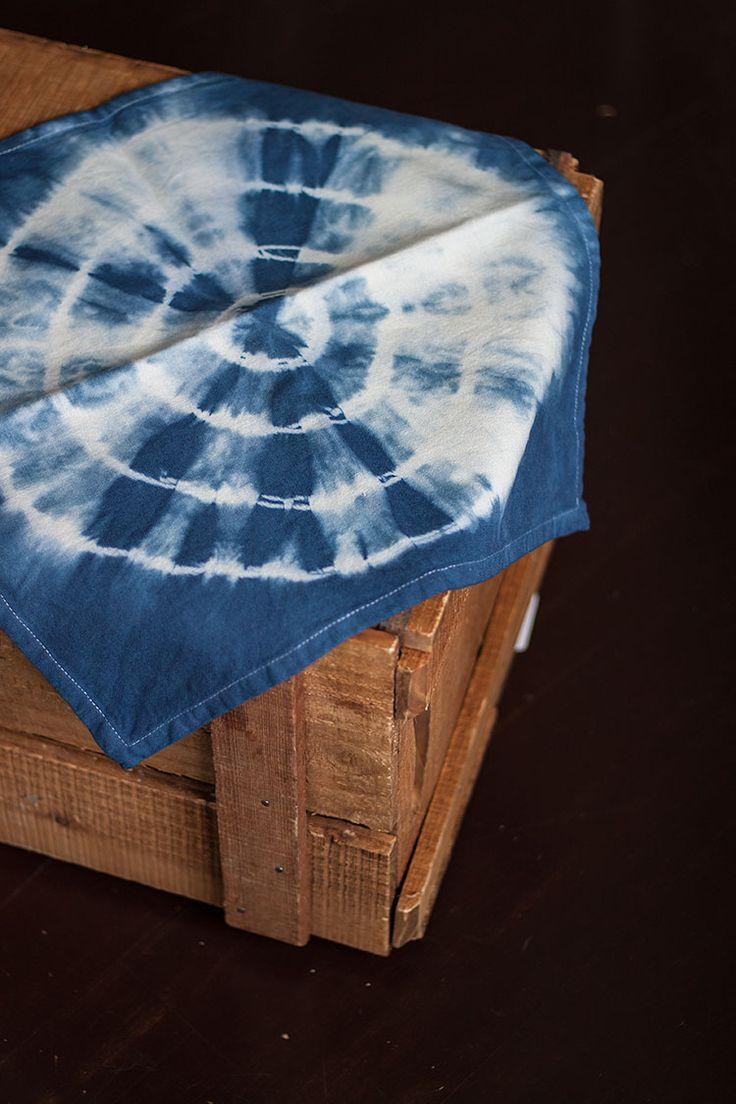Batikfärgade servetter | Stinas tillvaro