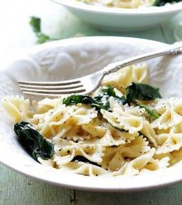 pasta bowtie garlic spinach