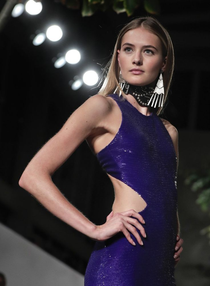 New York Fashion Week 2016: Highlights from the runway (photos) | syracuse.com The Ralph Lauren collection is modeled during Fashion Week, Wednesday, Sept. 14, 2016, in New York. (AP Photo/Julie Jacobson)
