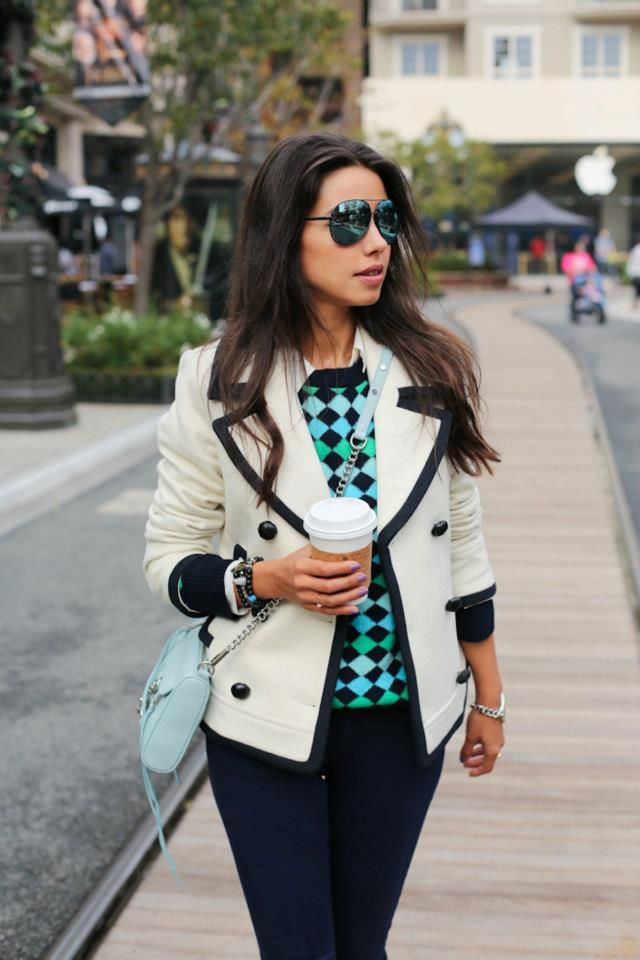 Black rimmed white blazer, checkered black and turquoise top, and dark wash jeans make a great color combo for a fall to winter outfit.
