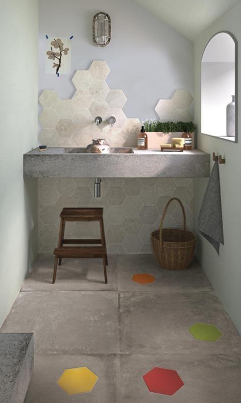 Oltre 25 fantastiche idee su bagni piccoli su pinterest - Posare parquet flottante su piastrelle ...