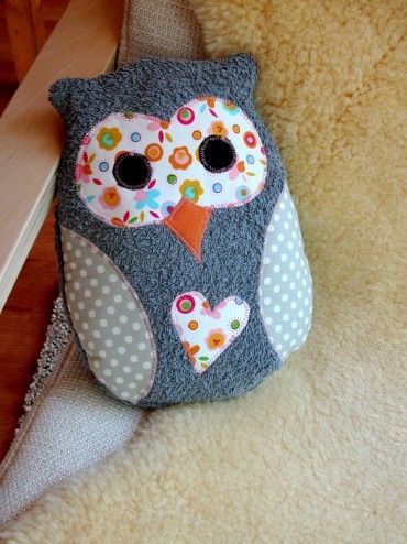 Cute owl from an old towel - I have some old white towels that I could dye as a base for this - would be cute for the baby girls