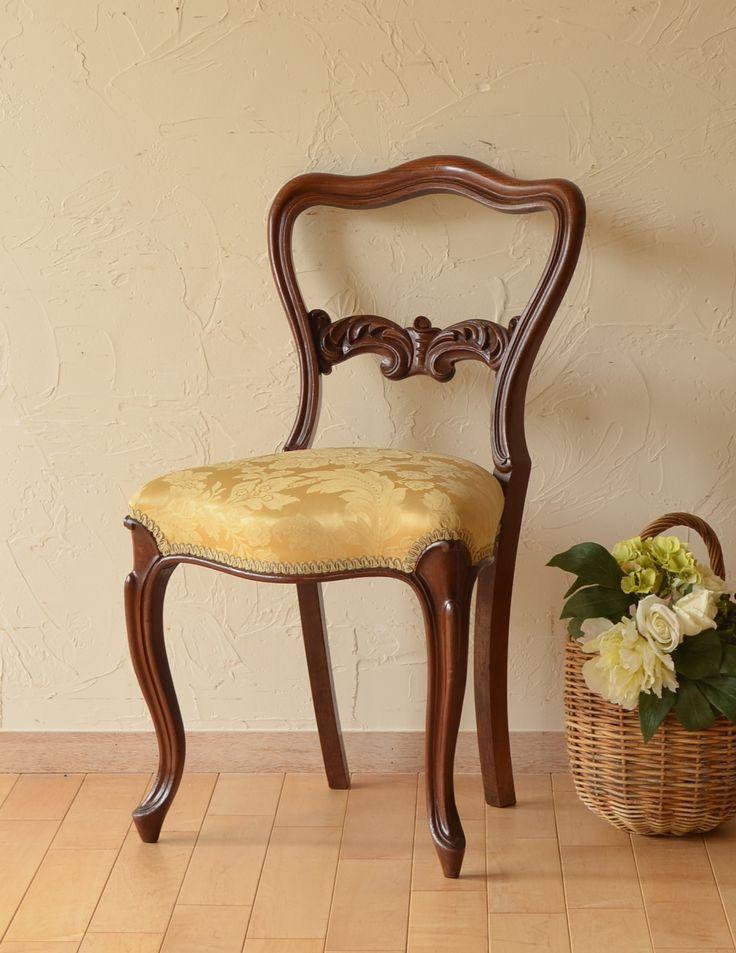 華のあるイギリスの椅子、アンティークバルーンバックチェア  (k-985-c)* 【 全体 】幅46×奥行54×高さ84cm 【 座面 】幅46×奥行37.5×高さ47cm