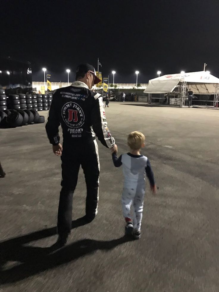@DelanaHarvick: And that's a wrap... ✌ 2016 HomesteadMiami