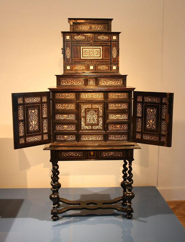 Mobiliario barroco se utilizan tambin en muebles placajes for Muebles estilo barroco moderno
