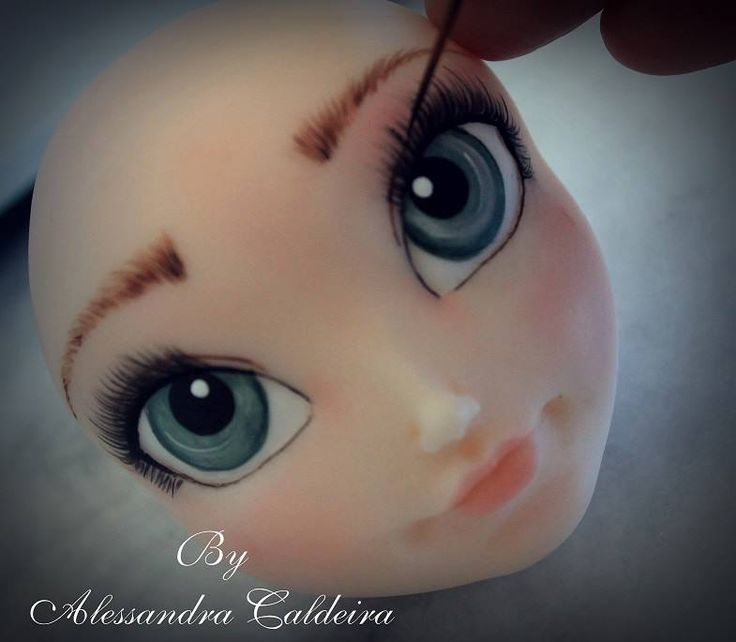 love the work of Alessandra Caldeira faces, no tutorial but see other photos for 'Disney' faces