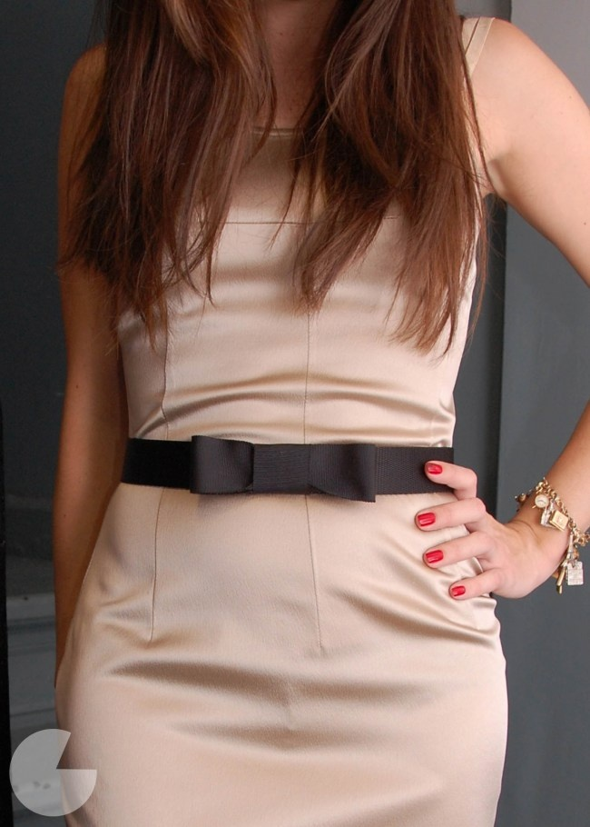 DIY Little Black Bow Belt by runwaydiy: EAsy to make and completely removable. Try it wih any belt and any color grosgrain. 5 minutes.: Bow Belt, Minute Diy, Diy'S, Black Bows, Completely Removable, Color Grosgrain, Belts