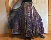 Handgemaakte Floral stropdas rok/lange rok/zijde stropdas rok/Mens stropdassen/Upcycled gerecycleerd voorzien/paars en groen/Womens maat Medium groot