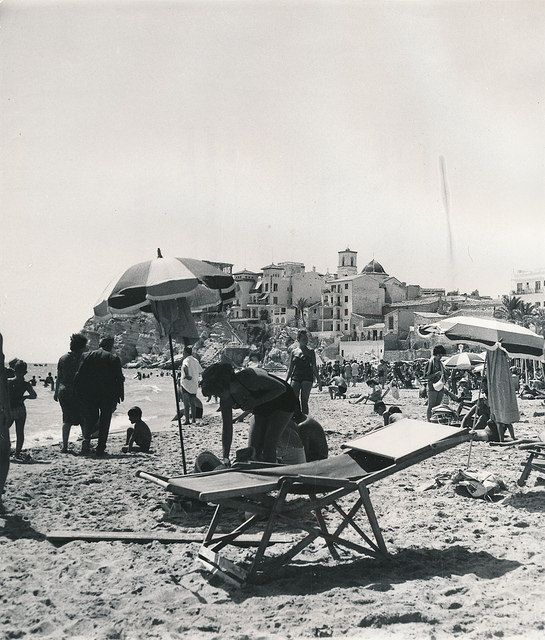 Playa de Benidorm (Alicante) | por Biblioteca Facultad de Empresa y Gestión Pública