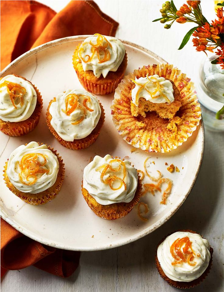 Cardamom carrot cupcakes