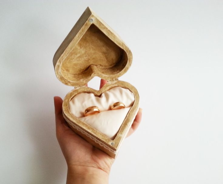 17 best images about weddings on pinterest decorative for Heart shaped engagement ring box