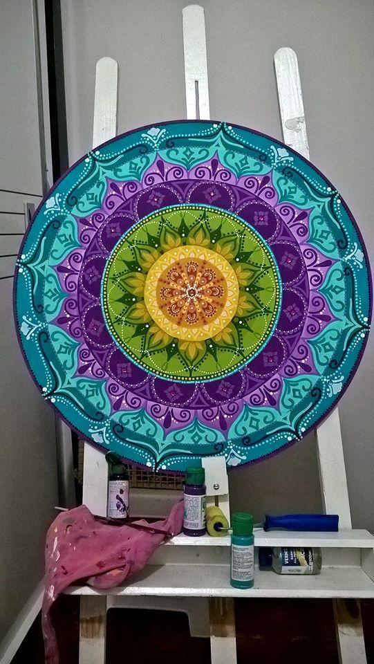 Mandala pintada a mano! #Increible