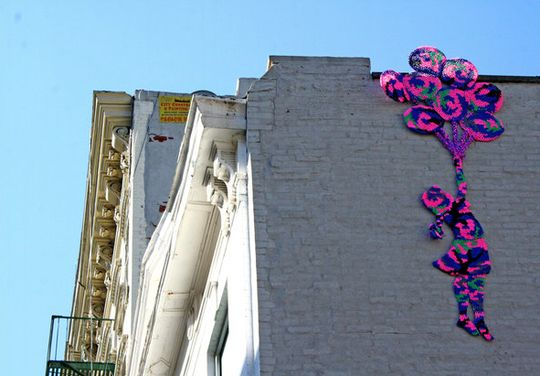 Yarn Bombing: The Knit Graffiti MovementGraffiti, Crochet, Street Art, Yarnbombing, Yarns Bombs, Balloons, Fiber Art, Knits, Streetart