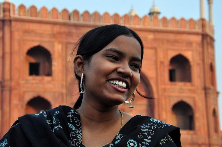 Rengarenk Bir Hindistan Turu Ve Gezi Rehberi. Binbir renkler ülkesi Hindistan hakkında bilmeniz gereken her şeyi bu yazıda ve yazının altına iliştirilmiş linklerde bulabilirsiniz.
