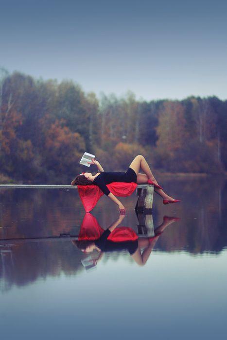 bliss: Senior Pictures, Red, Quiet Place, Lakes, Senior Pics, Beauty, Senior Portraits, Good Book, Reading Spots