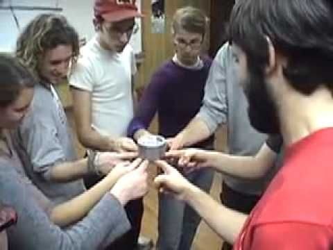 Air Lock teambuilding game - YouTube