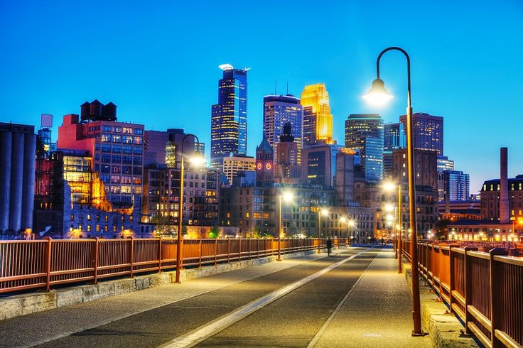 Minnesota FMLA: Parental Leave Law, Sick or Injured Child Care, & School Conference Leave