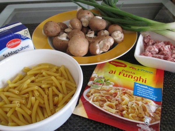 Produkttest von Maggi fix und frisch Pasta ai Funghi. Eine schnell gemachte Nudelpfanne mit Champignons. Mit wenig Aufwand und Kosten in etwa 30 Minuten gemacht.