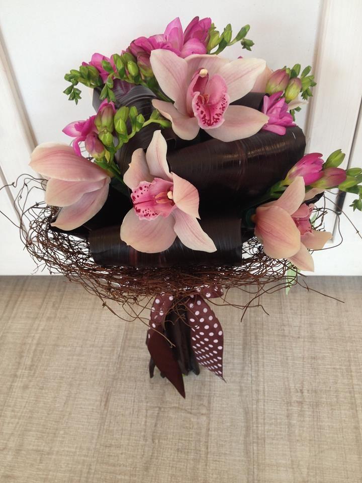 Pink orchids bouquet by Atelier Floristic Aleksandra