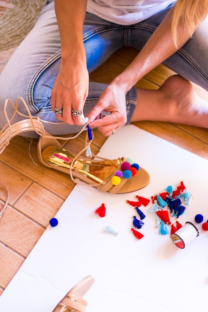 3 Step DIY Pom Pom Gladiator Sandals - The Fashion Hour