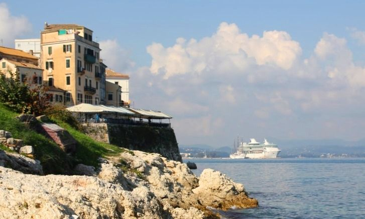 Kreuzfahrt-Reisebericht: 7 Tage Mittelmeer ab Venedig mit der Splendour of the Seas von Royal Caribbean - der Hafen von Korfu