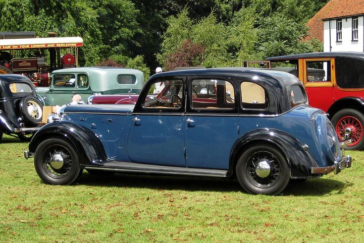 1939 Rover P2 16 Nice looking cars but only 16hp is a concern.