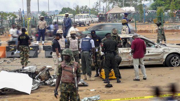 Niña de 10 años mata a 19 personas en #Nigeria | Entérate>>