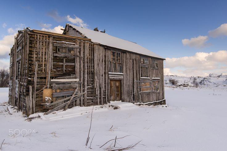 En Fredvang - Cabaña en ruinas, Fredvang, Islas Lofoten (Noruega).