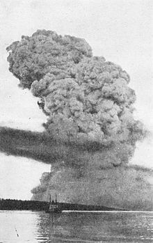 Halifax Explosion 12.6.1917 A view of the pyrocumulus cloud, most likely from Bedford Basin looking toward The Narrows, 15-20 seconds after the explosion.[