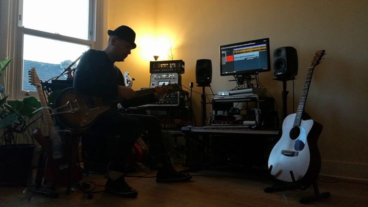 Hurricane Weather!  Hurricane Weather! #beck #nikotsonev #duesenberg #scat #groovy #guitar #guitarist   source   The post  Hurricane Weather!  appeared first on  Guitar Life Rocks .  https://guitarlife.co/hurricane-weather/