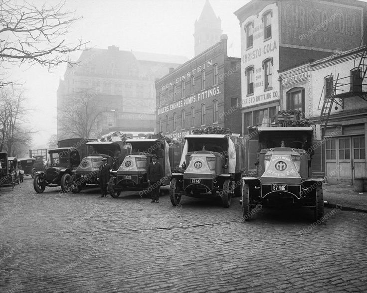 Christo Cola Soda Company With Piggly Wiggly Trucks 1924 8x10 Reprint Old Photo