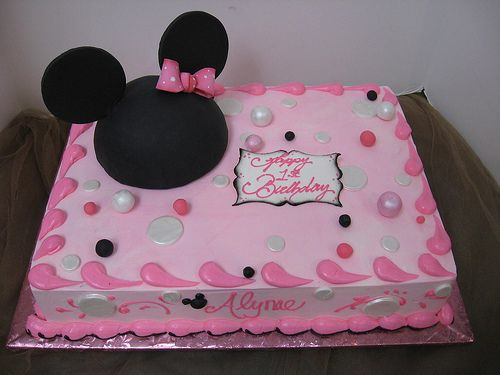 Homemade Minnie Mouse Sheet Cake 17 Best images about 1...