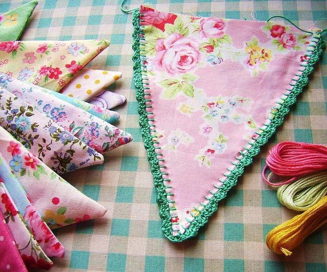 crochet edging bunting