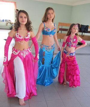 Дизайнерские костюмы для детских танцев
