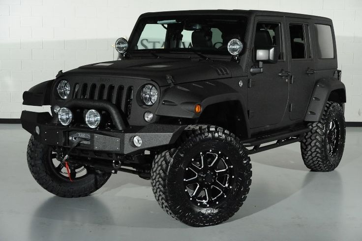 Front-left view of the great 2014 Jeep Wrangler Unlimited.