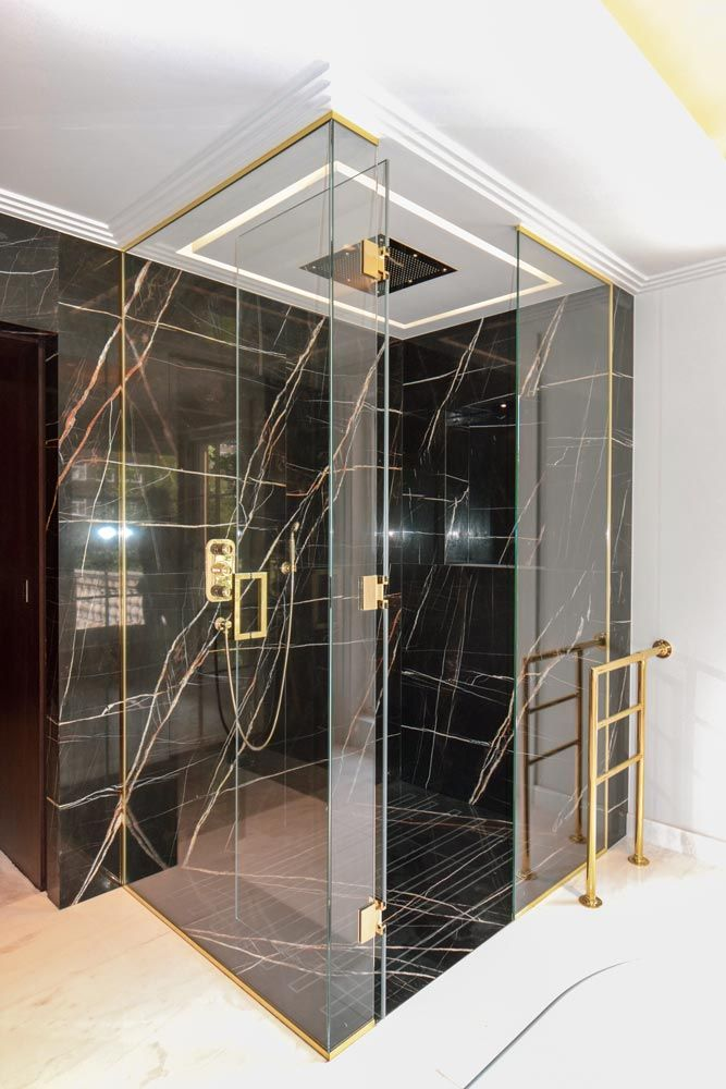 How To Choose The Best Frameless Shower Enclosures With Images