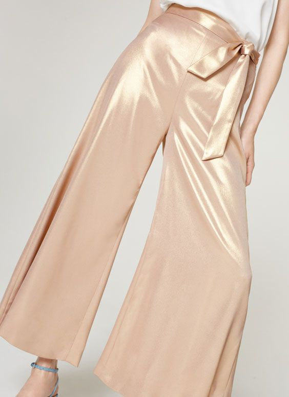 Uterqüe United Kingdom Product Page - Ready to wear - Trousers - View all - Shimmery palazzo trousers - 85