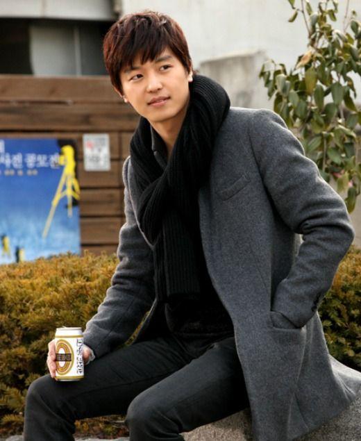 Yun-Woo-Jin-8.jpg (520×635)