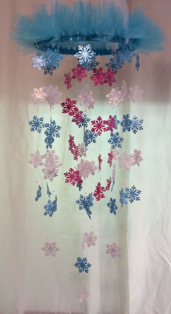 Snowflake FROZEN mobile. READY to SHIP baby by KraftynKatchy