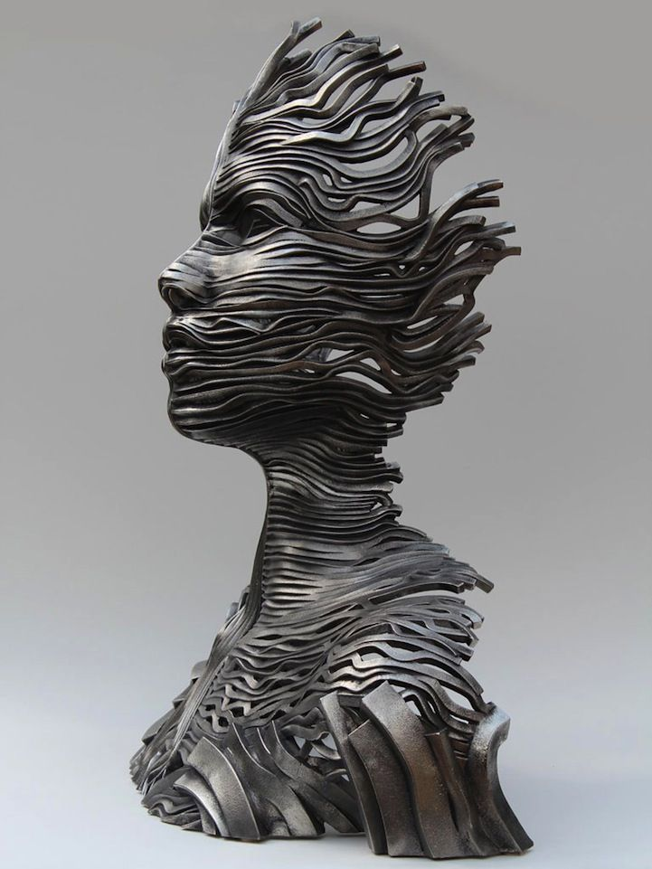 figure sculpture | Figurative Sculptures Made of Stainless Steel Ribbons