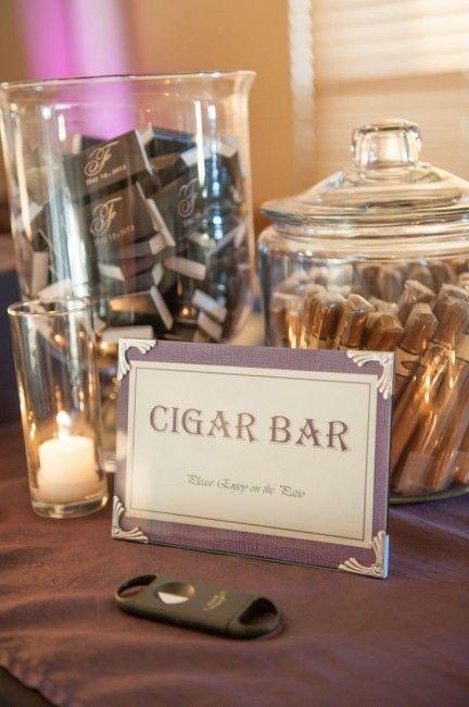 Inspiration pour un mariage Gatsby : détails pour les invités - le bar à cigares