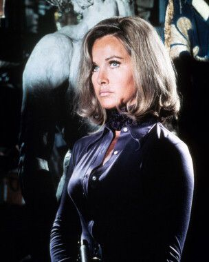 Picture of Wanda Ventham as Col. Virginia Lake from UFO High Quality
