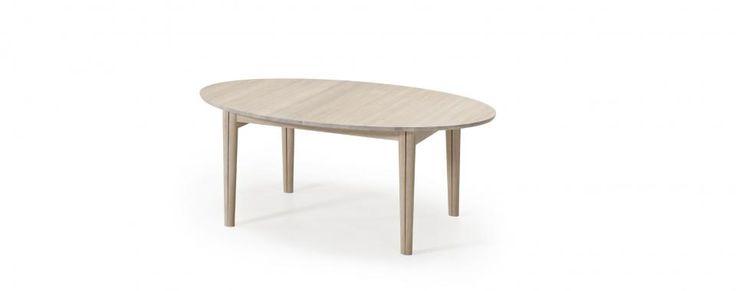 Flot spisebord med ellipseformet bordplade - plads til 6-16 personer. | Skovby Møbler