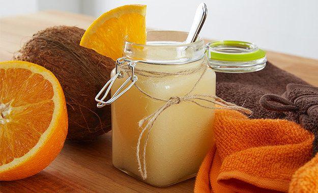 Duschgel mit Honig und Kokosöl: | 13 supereinfache und extrem billige Wellnessgeschenke für Muttertag