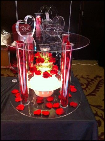 Acrylic Cake Stands for Wedding Cakes