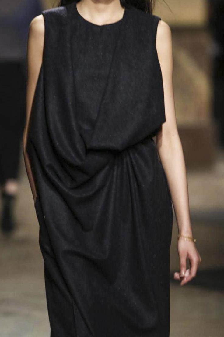 Hermès FW14 Paris - black draped detail