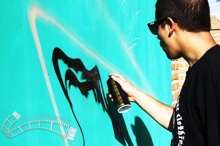 Sesión de Fotos,  Graffiti Rancagua. El de la fotografía Cristobal Bravo