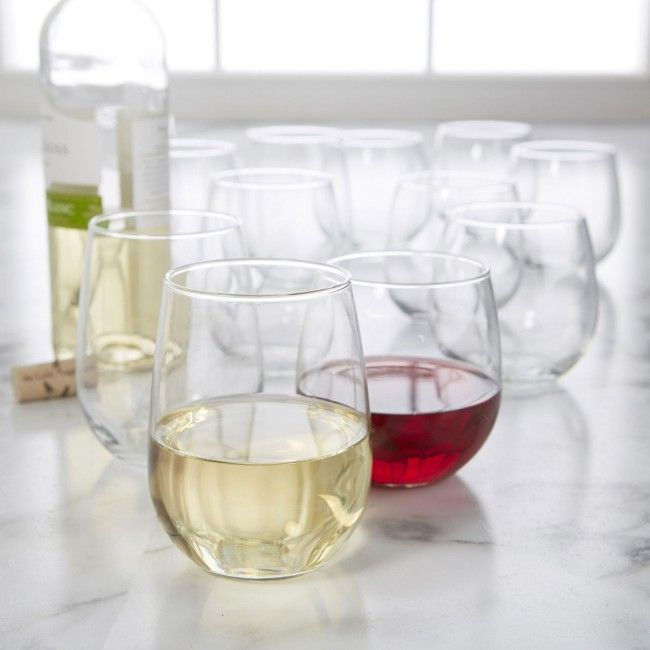Enjoy wine the new way, with this stemless wine glass set. Perfect for white and red wine, and even better for clean-up.